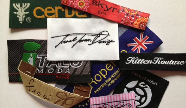 High definition damask and taffeta woven labels